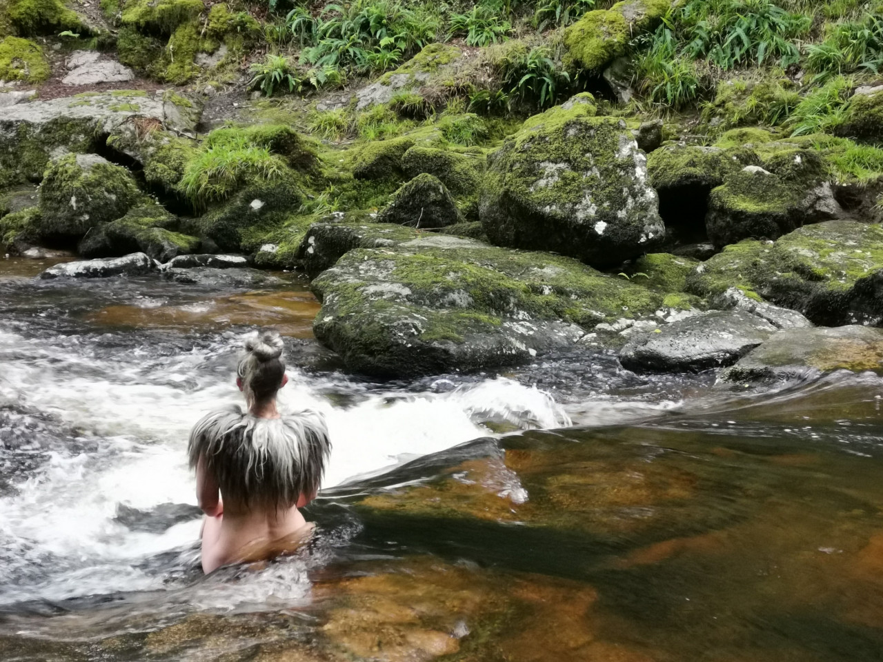 kate-crow-rewilding-in-river